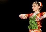 Zahájení Multikulturního týdne v Pardubicích. Bollywoodské tance.
