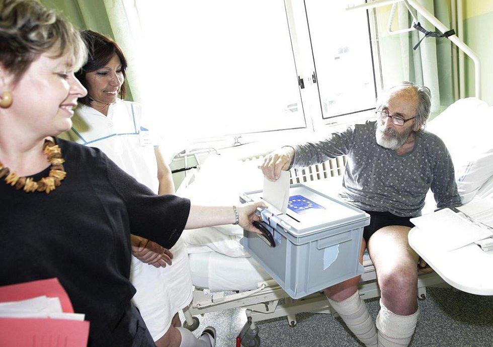 Své hlasy mohli odevzdat i pacienti hospitalizovaní v pardubické nemocnici.