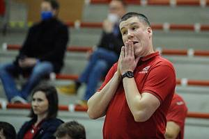 Trenér pardubických basketbalistů ADAM KONVALINKA