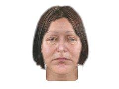Takto mohla vypadat neznámá žena, kterou policisté vylovili 23. února 2017 z Labe v Pardubicích. Poznáváte ji?