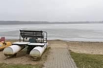 Autokemp Buňkov nyní zeje prázdnotou, přes sezónu si do něj ale najde cestu okolo 20 tisíc návštěvníků. Mnoho z nich jsou lidé na vozíku, pro než je kemp uzpůsobený.
