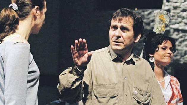 Režisér Petr Kracik se vrátil na pardubické jeviště.