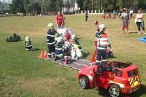 Děti z celé České republiky se o víkendu sjedou do obce Břehy na Pardubicku, aby ukázaly, co se už naučily v rámci přípravy na členství ve Sdružení hasičů Čech, Moravy a Slezska. Koná se zde festival přípravek.