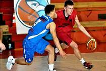 Pardubický basketbalista Michal Svojanovský