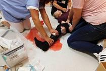 Léčebna v Rybitví nacvičovala první pomoc hrou a evakuaci.