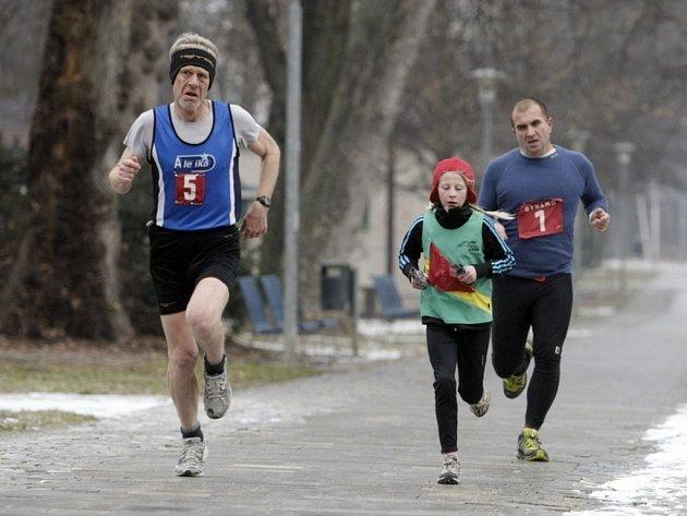 Zimní běh NAA v Bubeníkových sadech