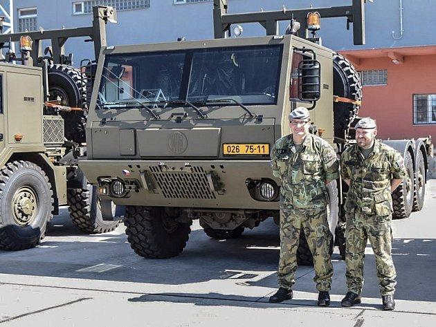Pardubický 14. pluk logistické podpory rozšířil vozový park o devět nových vozidel.