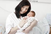 Tomáš Jurníček se narodil 3. března v 13.28 hodin. Po porodu vážil 3700 gramů a měřil 50 centimetrů. Maminku Katku u porodu podporoval tatínek Zdeněk a rodina je z Čeperky.