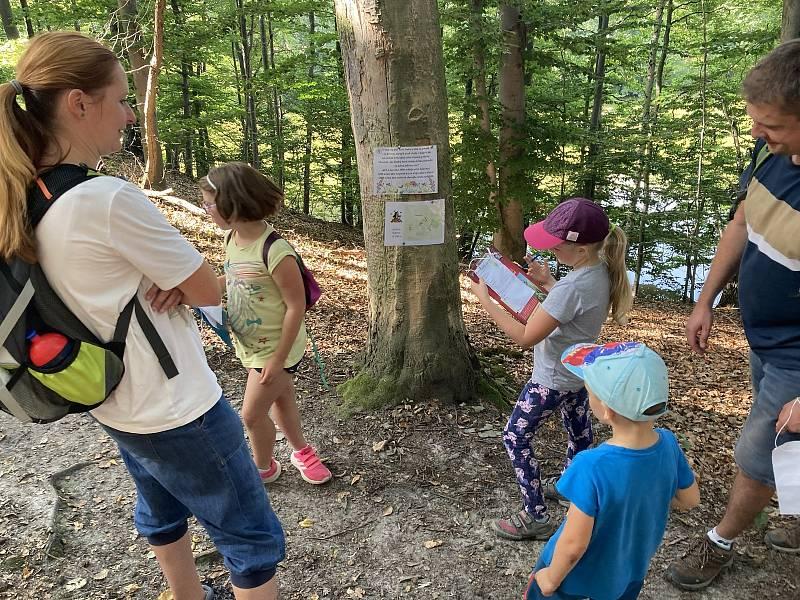 V září děti z Vyšehněvic podnikly výpravu do přírody.
