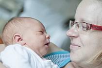 Ema Zíková se narodila mamince Martině za  přítomnosti svého tatínka Tomáše 2. srpna ve 22 hodin a 16 minut. Vážila 3,06 kilogramu a měřila 48 centimetrů.