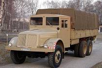Hotovo. Takto Tatra 111 opouštěla výrobní linku a takto zase brázdí silnice