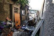 Při požáru objektu v ulici Boženy Němcové přišel o život 72 letý muž.