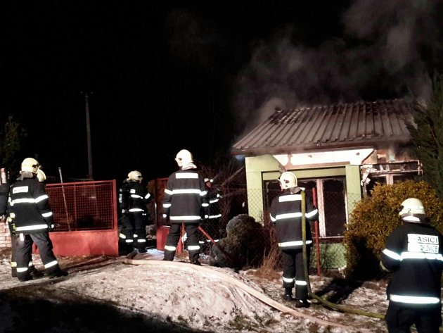 Požár domu v Morašicích vznikl zřejmě od elektrické přípojky.