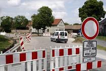 Přestavba křižovatky v Nemošicích