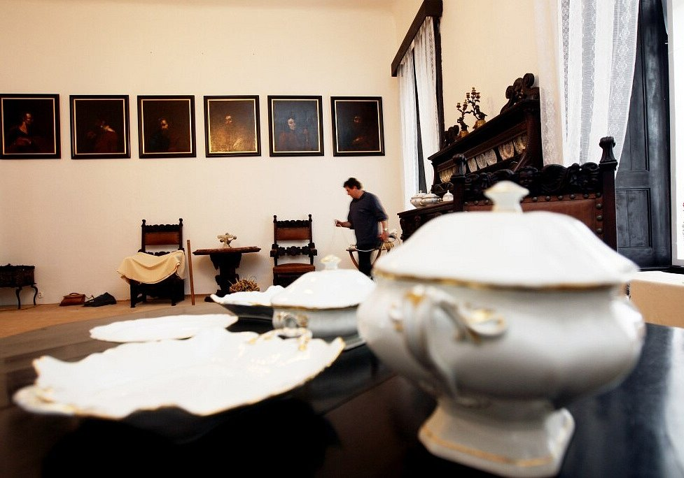 Výstava na choltickém zámku
