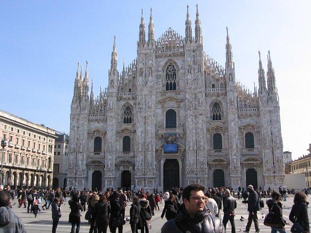 Milánská Katedrála narození panny Marie