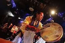 První pardubický Multikulturní ples. Chayag