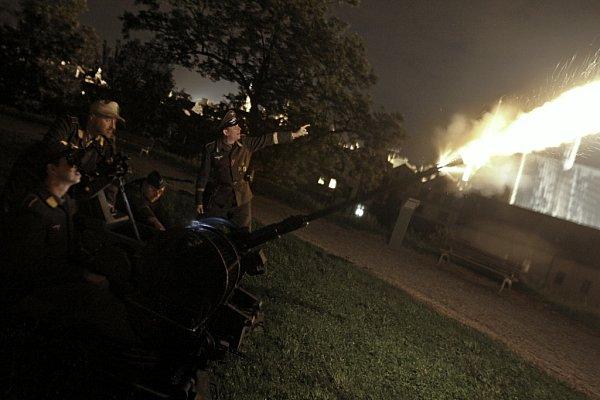 Noční střelba zkanonu Flak 38