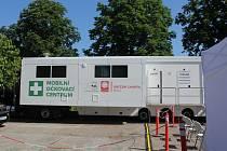 Očkování bez registrace začíná také v Pardubickém kraji. Poslouží známý kamion