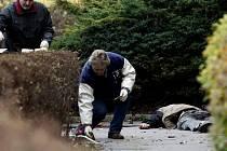 BRUTÁLNÍ MORD bezdomovce se opět odehrál na břehu Labe.