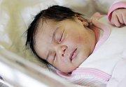 ANKA AZOVA. Narodila se 18. ledna v 16.21 hodin Lydii a Angelovi z Pardubic. Měřila 47 centimetrů a vážila 3270 gramů.