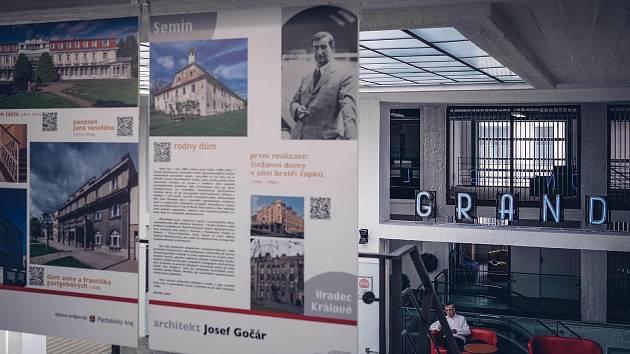 Výstava v Grandu.