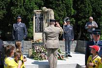 Slepotičtí uctili památku rodáka Emila Morávka, který před jedenasedmdesáti lety zahynul jako pilot francouzské armády.
