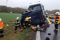 Nejtragičtější loňskou nehodou v Pardubickém kraji byl čelní střet z 30. října na státovce I/35 u Chvojence