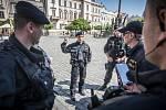 Kvůli ohlášené bombě policie v Pardubicích uzavřela  Pernštýnské náměstí.
