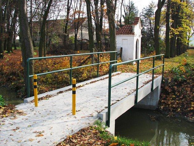Mostek přes Lodrantku byl opraven