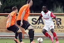 Okresní derby nabídlo 2. kolo MOL Cupu, divizní Živanice sice trápily druholigové Pardubice.