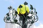 Slavnostní odhalení plastiky Republika z dílny uměleckého kováře Davida Szalaye podle návrhu Františka Juračky na náměstí T. G. Masaryka v Holicích.