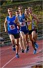 Běžec na 800 m trati, Petr Kavička (číslo 1)