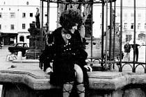 Snímek Dívka na koštěti se natáčel v Pardubicích v létě roku 1971.