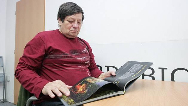 Senior asistent Deníku Vladislav Hlaváček