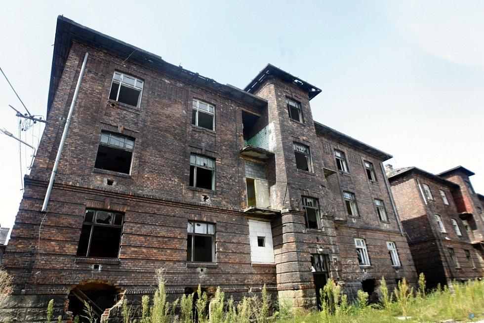 Lokalita Přednádraží, odkud už téměř zmizelo vše železné. Tady měli policisté hlídat.