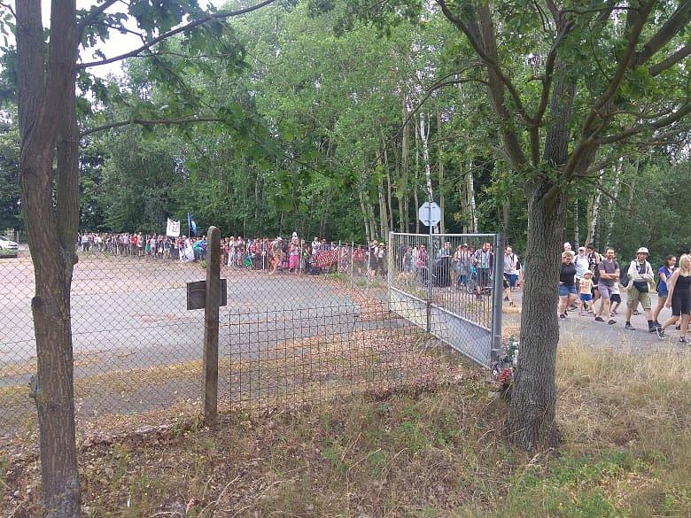 Protest se vydal směrem k elektrárně ve Chvaleticích