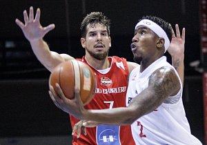 Basketbalový pohár Pardubice - Charleroi