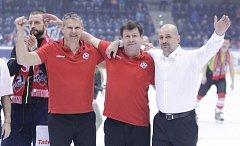 Extraliga zachráněna, radují se trenéři Pavel Marek, Otakar Janecký a Miloš Holaň.