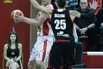 Basketbalové derby ovládli domácí: Pardubice - Svitavy 91:64.