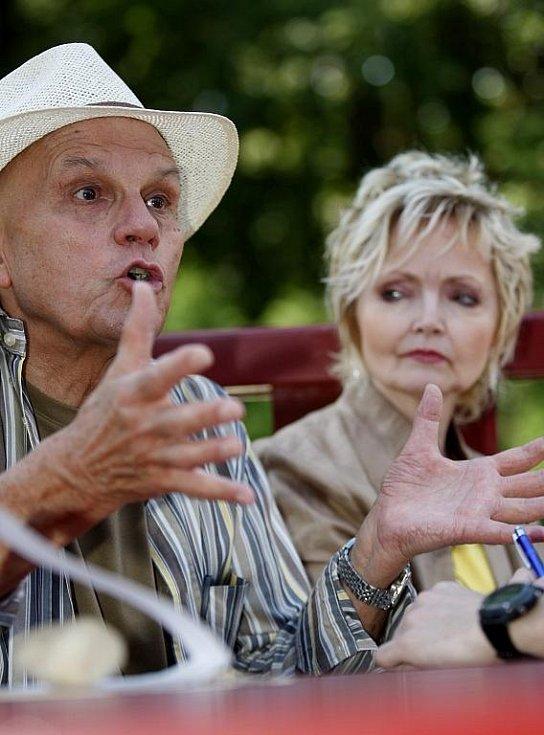 Hosty a patrony celé akce byli i Jan Přeučil s partnerkou Evou Hruškovou