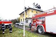 Požár, u kterého v sobotu ráno zasahovali hasiči, pravděpodobně někdo založil