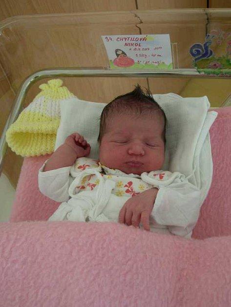 Nikol Chytilová udělala radost 10. září ve 14.03 hodin rodičům Janě a Radimovi i svému šestiletému bráškovi Matyášovi. Do Heřmanova Městce si rodina odveze 3,58 kg vážící a 48 cm velkou holčičku.