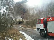 V areálu muniční továrny v Boříně opět museli zasahovat hasiči.