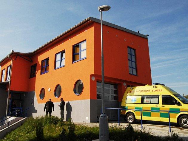 Slavnostní otevření výjezdového stanoviště zdravotnické záchranné služby v Přelouči