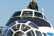 Antonov AN-30 B určený ke snímkování vojenských objektů