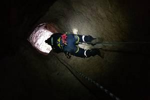 Hasiči Pardubického kraje na lezeckém cvičení. Foto: HZS PAK