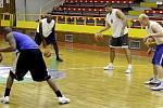 Basketbalisté BK JIP Pardubice zahájili přípravu na novou sezonu.