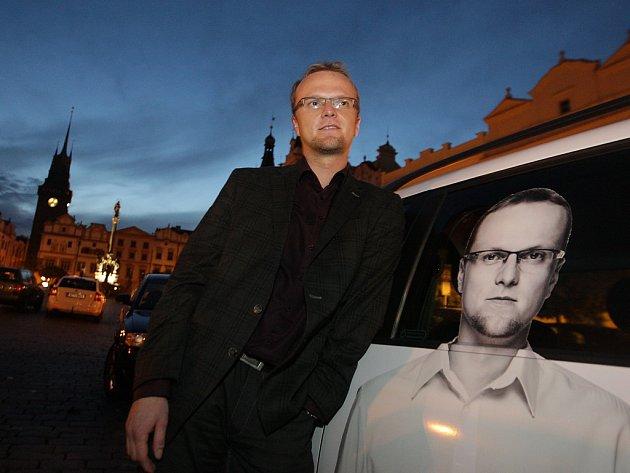 Vítězem voleb v Pardubickém kraji se stala ČSSD. Její lídr Martin Netolický se tak stane nejmladším hejtmanem v historii České republiky.