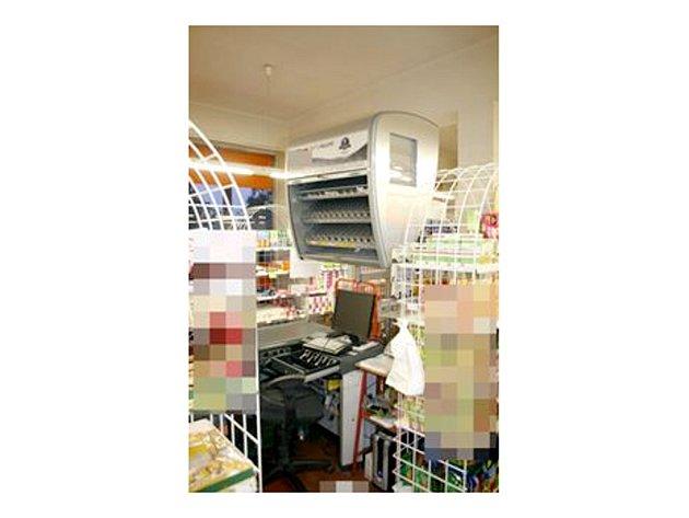 Jeden z vykradených obchodů